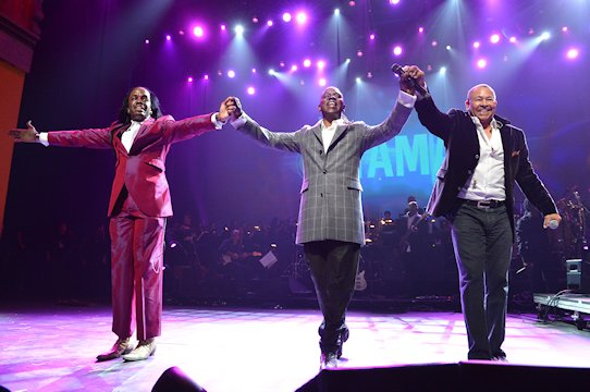Earth Wind and Fire-Photo-02