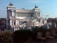 Roma-Veduta da un terrazzo di Piazza Venezia 02