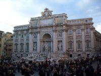 Roma Fontana di Trevi 01