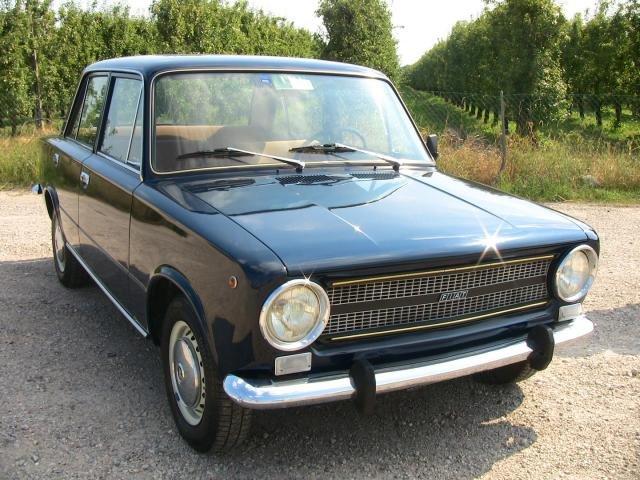 Fiat Berlina Nera on Fiat 850 Berlina